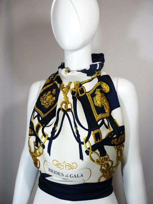 """Vintage Hermes Brides de Gala 36"""" x 36"""""""
