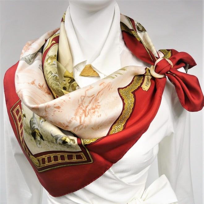 petite-venerie-hermes-paris-silk-scarf-by-charles-hallo-2